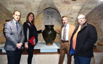 Inaugurada en el Museo de Osuna la exposición «Osuna Tierra de Alfareros» de Luis Porcuna Jurado.