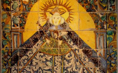 Pieza del mes. Mayo 2016. El panel de la Virgen del Rocío del Museo-Tesoro de su Santuario. Ángel Lora Serrano.