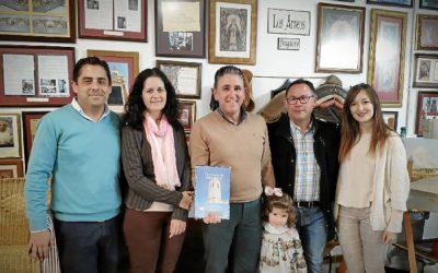 Agradecimiento al ceramista Carmelo del Toro en Villalba del Alcor