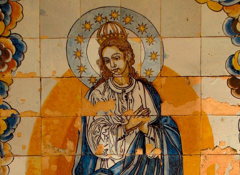 Pieza del mes. Diciembre 2020. El panel cerámico de la Inmaculada en el convento de la Inmaculada Concepción de Marchena (Sevilla). Juan Luis Rave Prieto.